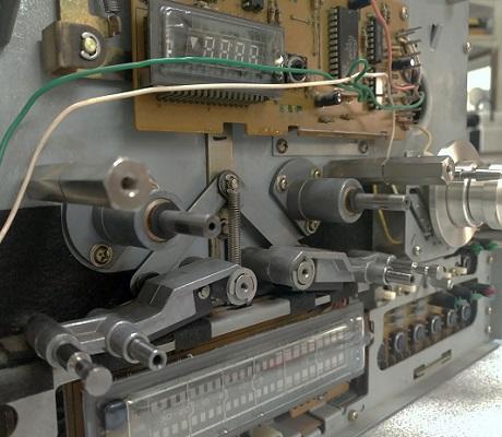 tape drive reel to reel