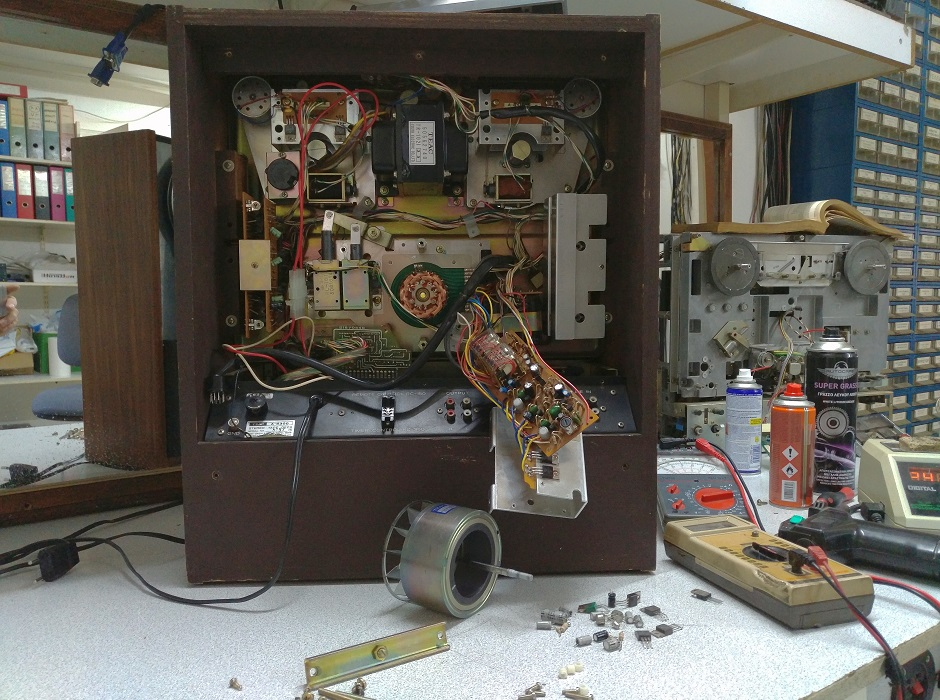 reel to reel teac a-300 service