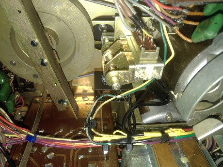 αλλαγή πυκνωτή εκίνησης μοτερ σε μπομπινόφωνο