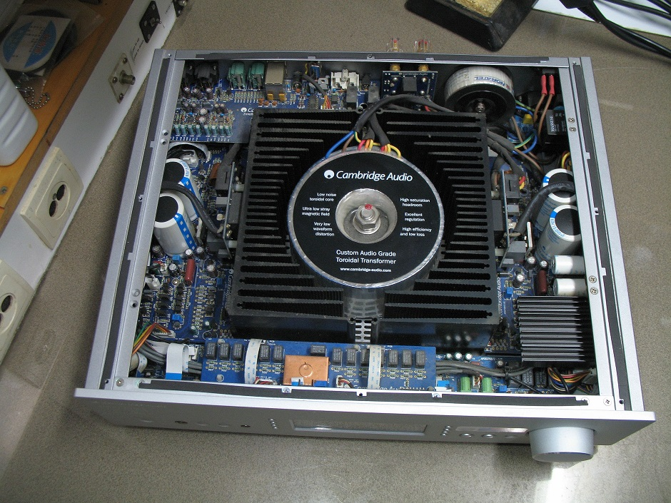 Service Ενισχυτή Cambridge Audio Azur 840A
