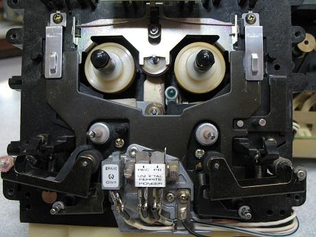 heads pioneer tape