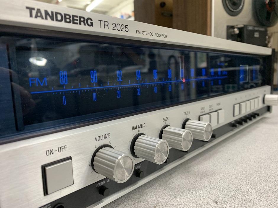 επισκευή ραδιο-ενισχυτή tanberg
