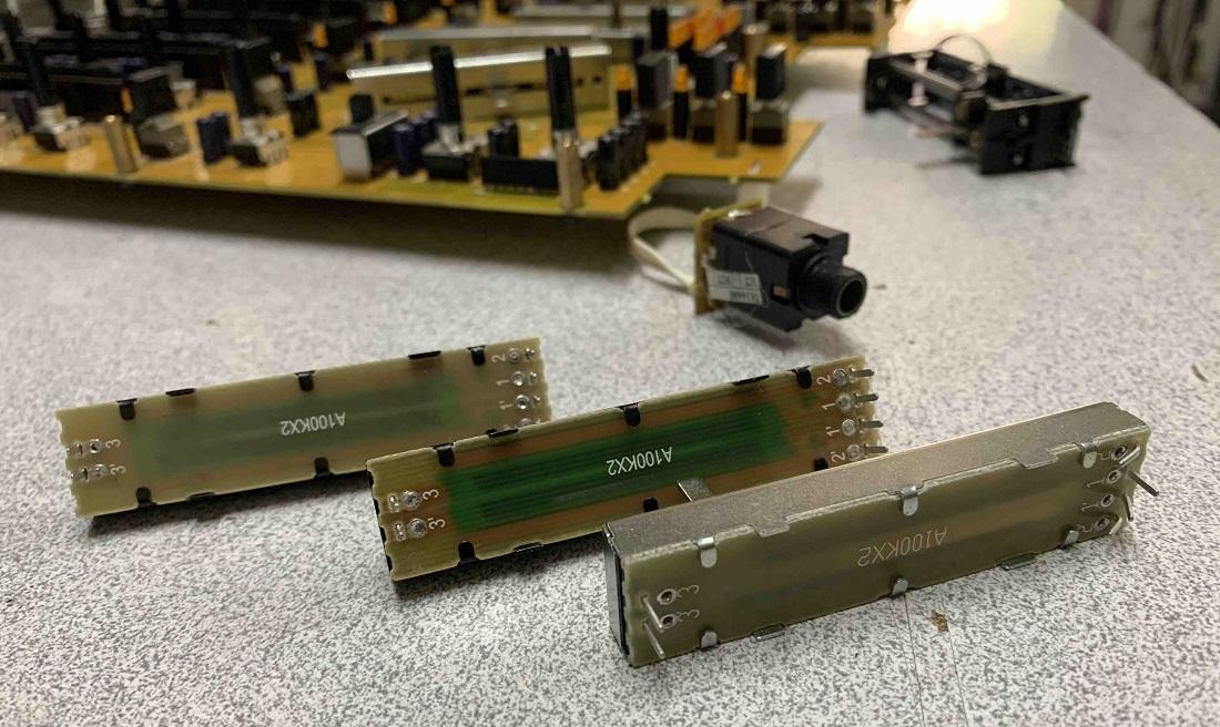 ποτενσιόμετρα κονσόλας behringer djx-900-usb