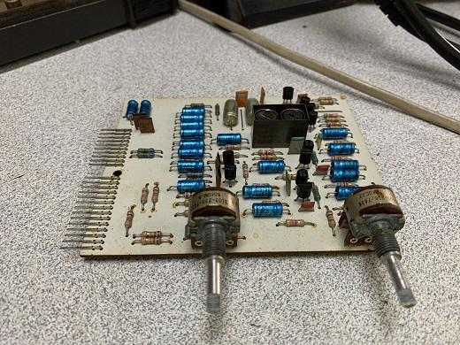 replace capacitors μπομπινόφωνο philips n5420
